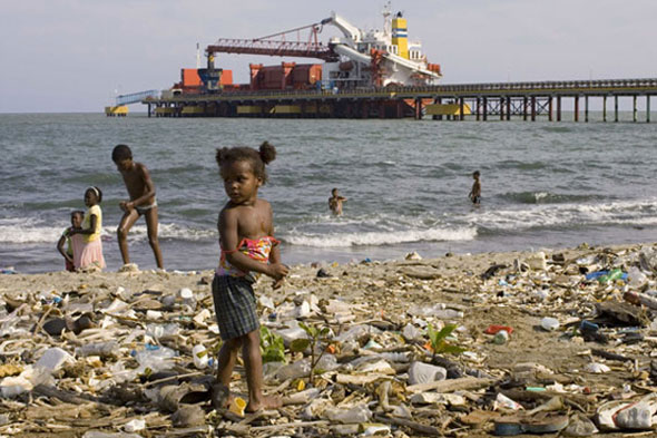 Little Girl in Haina, Dominican Republic as found on Plastic-Pollution.org